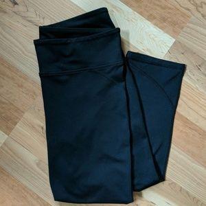 Fabletics Black Capri Length Leggings - M